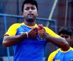 Dhoni is a bowler's captain: Pragyan Ojha