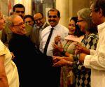 President Mukherjee hosts dinner for Media Personnel