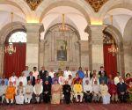 President Mukherjee presents the Hindi Sevi Samman Yojana Awards