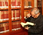 Digitisation of presidential library high on Pranab's agenda