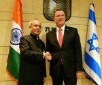 President Mukherjee meets speaker of the Knesset