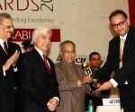 Presenting the CII-ITC Sustainability Awards  2012