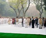 Leaders pay tributes to Indira Gandhi on her death anniversary