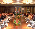 Windhoek (Namibia): President Mukherjee with Namibian President