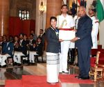 President Kovind presents National Service Scheme Awards