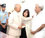President Kovind pays tributes to Sushma Swaraj