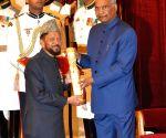 President Kovind presents Padma Awards - Mohammad Hanif Khan Shastri