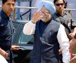 2014 Lok Sabha Polls - Sixth Phase - Prime Minister Manmohan Singh