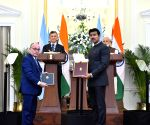 India-Argentina ink agreements