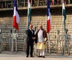 Modi-Hollande at Rock Garden