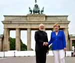 Modi-Merkel at Brandenburg Gate