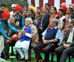 PM meets Tribal Guests and Tableaux Artists