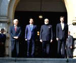 Modi receives warm welcome at Hyogo House