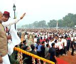 PM Modi flags off 'Run for Unity' at Rajpath