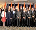 DC: Modi meets US Business Leaders