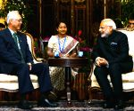 Modi meets the President of Singapore