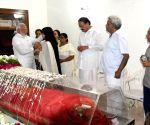 PM Modi pays tributes to Sushma Swaraj