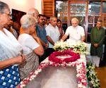 Modi pays homage to Sheila Dikshit