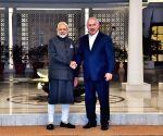 Modi receives Benjamin Netanyahu