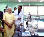 Modi visits the Central Drug Research Institute