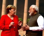 PM Modi welcomes German Chancellor at Rashtrapati Bhavan