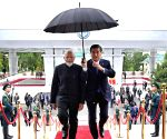 Kyrgyz President gifts hat, coat to Modi