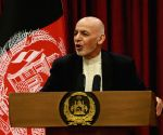Afghan president signs decree to free 400 Taliban inmates
