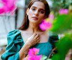 Priya Bapat completes shooting for the web show 'Aani Kay Hava 3'
