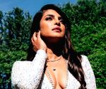 Free Photo: Priyanka Chopra is a sucker for sparkle