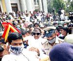 Pro-Kannada activists protest Karnataka Govt over Maratha Development Authority