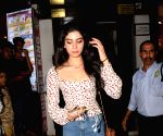 Khushi Kapoor seen at a cafe