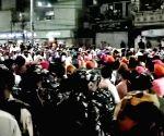 Hundreds of protesters surround Mukherjee Nagar