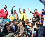 2L more set to reach Delhi in 40km-long cavalcade