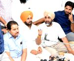 Manpreet Badal, Navjot Singh Sidhu - press conference
