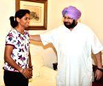 Punjab CM felicitates  Harmanpreet Kaur
