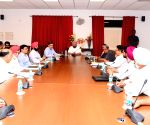 Amarinder Singh meets delegation of farmers