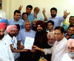 Congress wins Gurdaspur LS seat