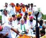 Banaur (Punjab): Sunil Jakhar during 'Bharat Bachao Jan Andolan