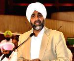 Manpreet Singh Badal presents Punjab Budget