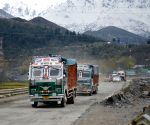 Jammu-Srinagar Highway to open for one-way traffic