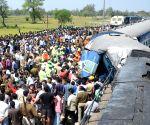 15 die as coaches of Varanasi-bound train derail