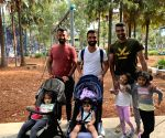 Rahane, Pujara & Ashwin enjoy day out with kids in Sydney