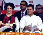 Priyanka Gandhi gets room at AICC next to Rahul