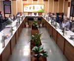 Raj makes RT-PCR test mandatory for Maha, Kerala travellers