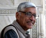 Indians won't tolerate intimidation, LS polls may bring some good news: Rajmohan Gandhi(IANS Interview)