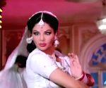 Rakhi Sawant tries channelling her inner Sridevi