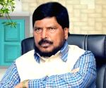 Sharad Pawar should join NDA, says Athawale
