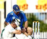 Ranchi Test: Elgar retires hurt after blow on helmet by Umesh