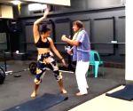 Ranjeet grooves to 'Mehbooba mehbooba', Tiger Shroff is amazed