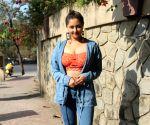 Rashmi Desai snapped andheri
